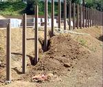 Как соорудить фундамент под забор